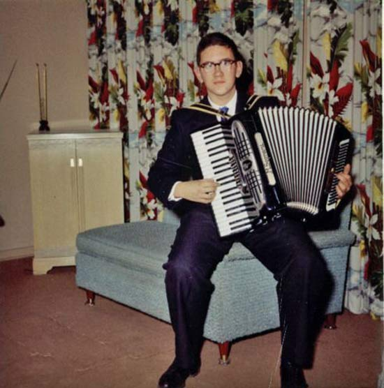 Chicks Dig Accordians ~ 15 Vintage Funny Family Snapshots
