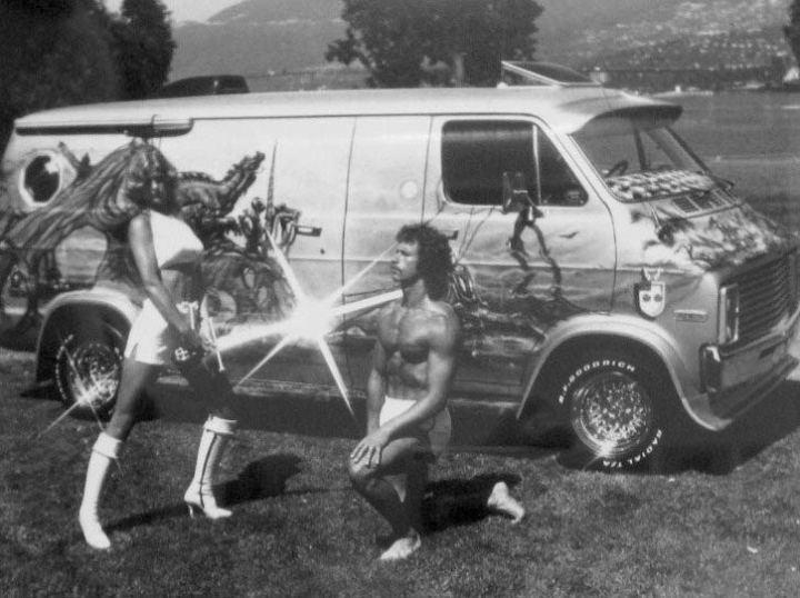 1970s-custom-van-airbrush-paint-job-beauty-queen-dorothy-stratten
