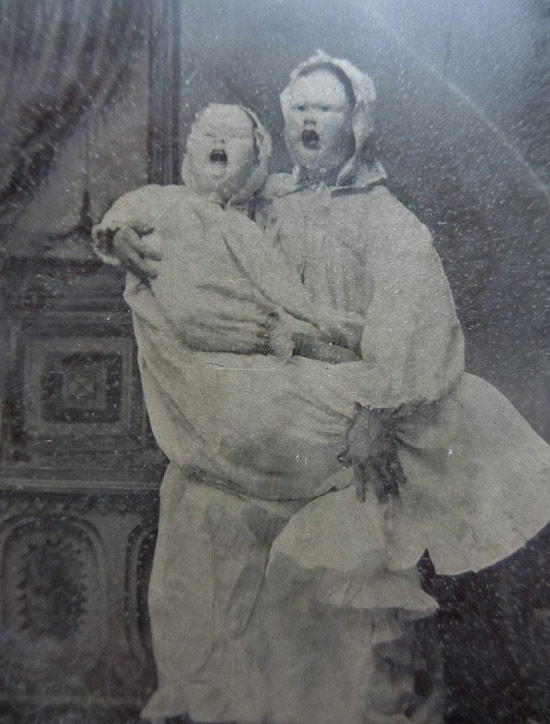 Creepy Old Vintage Photos~ dead sisters in scary masks portrait