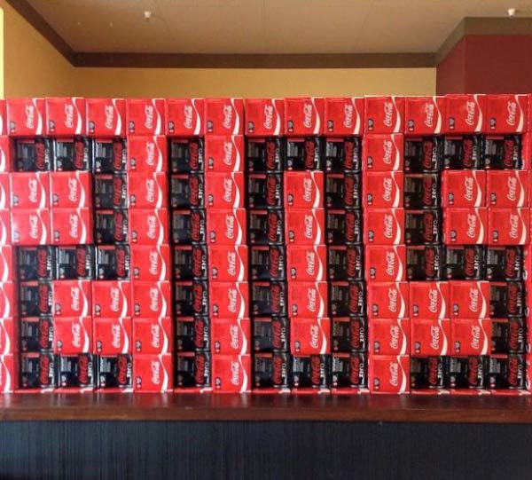 Coke Packs stacked to spell 2015 ~ Funny You Had One Job Fails
