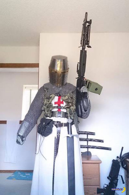 Funny Pics~ monty python and the holy grail and machine gun costume