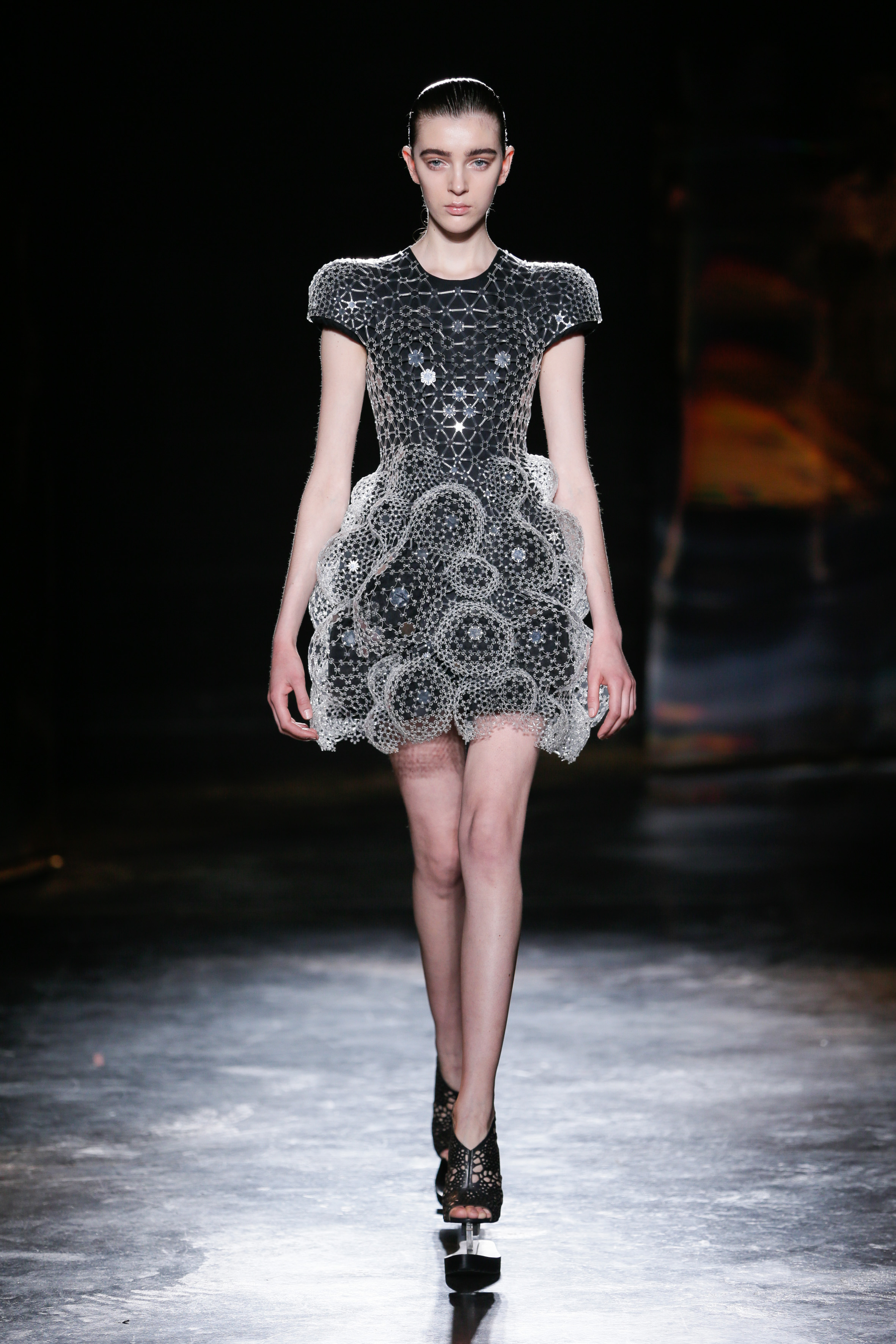 Iris Van Herpen Catwalk Fashion Show Womenswear FW2016