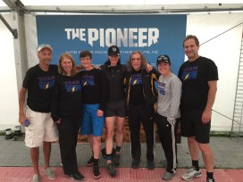 Team PH with New Zealand patients before the start