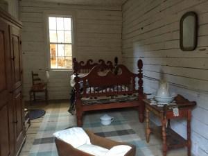 photo of Mark Twain's birthplace bedroom