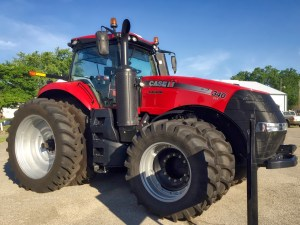 photo of the 340 Magnum tractor