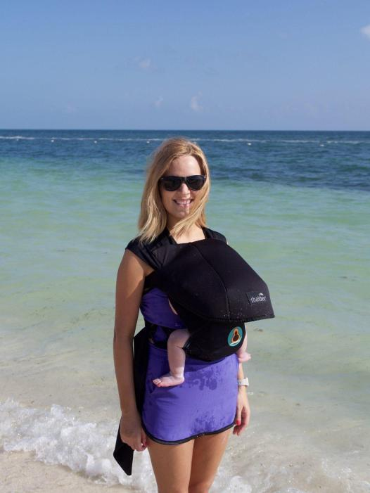 What to pack for the beach with kids: Buboose Aqua