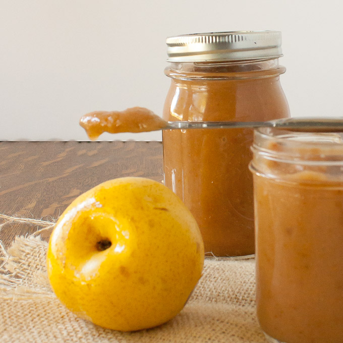 EASY PEAR BUTTER IN THE SLOW COOKER | @TspCurry