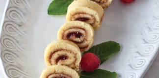 Raspberry-Roulade