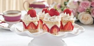 strawberry-rose-baby-cakes