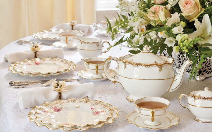 Pearls and Lace Tea