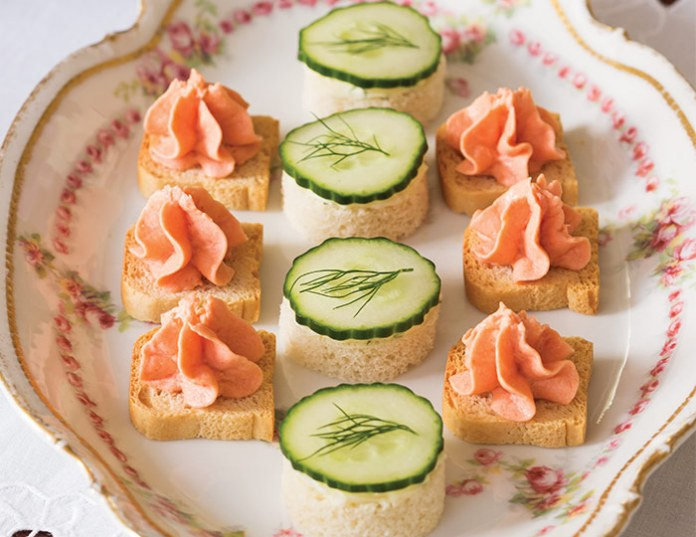 Cucumber Canapés with Dilled Butter