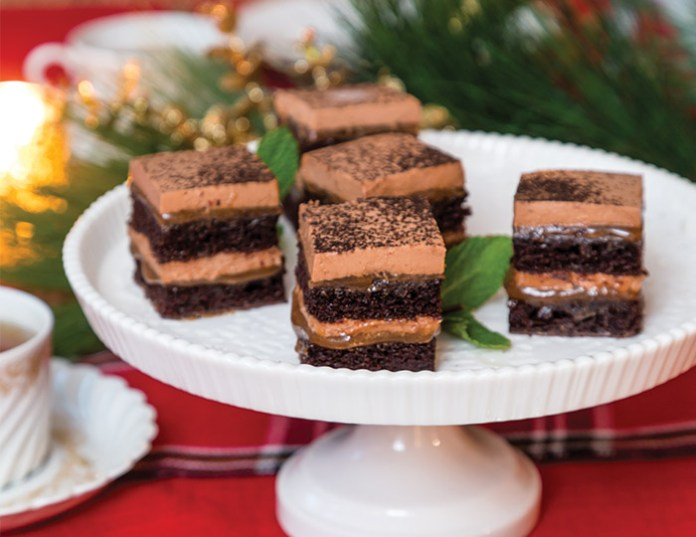 Chocolate-Chestnut Mousse Cakes