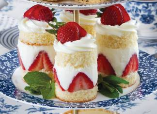Strawberry Tea Cakes