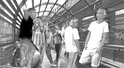Jóvenes en el espacio público