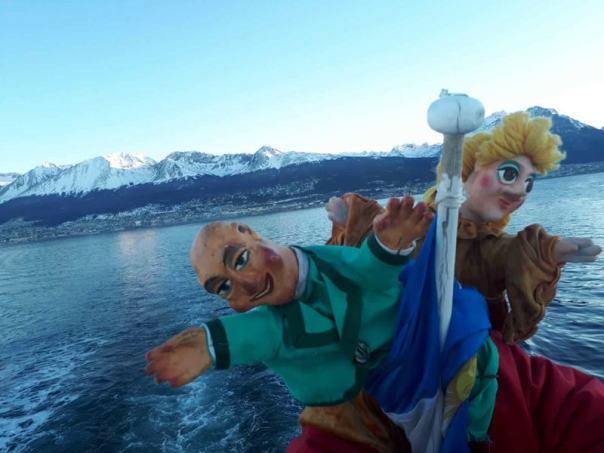 Navegando en el Canal de beagle 4_Teatro Arbolé