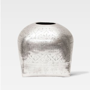 The Etched Vase