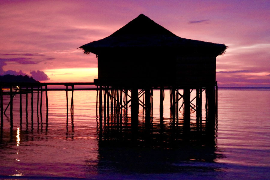 Papua Paradise At Sunset - Luxury in Raja Ampat
