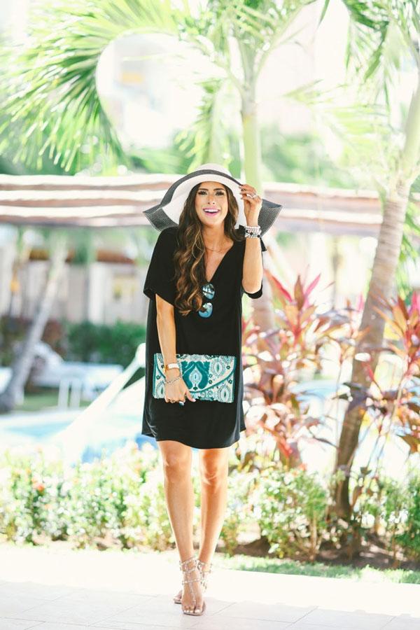 Feminine Resort Style with A T-Shirt Dress