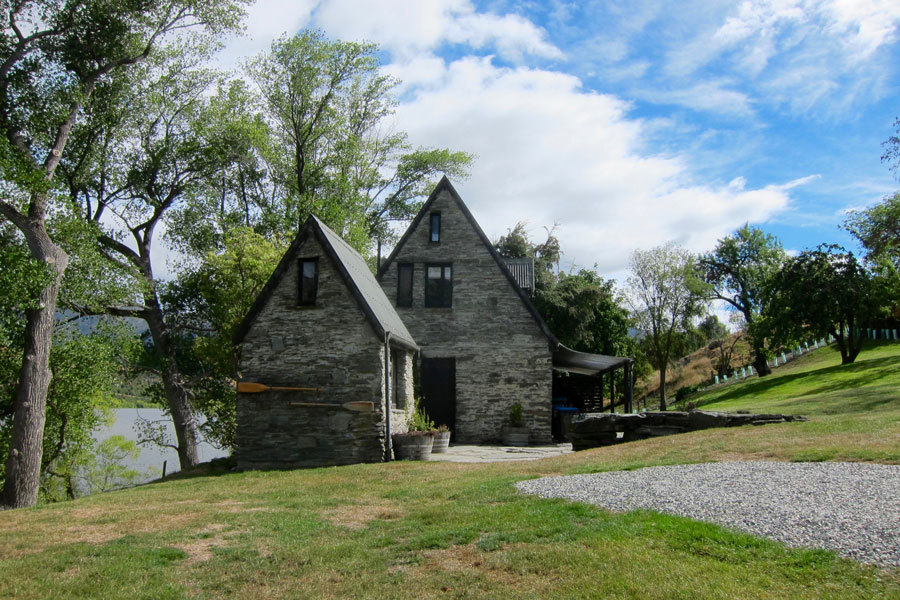Our Stone Cottage on Lake Hayes