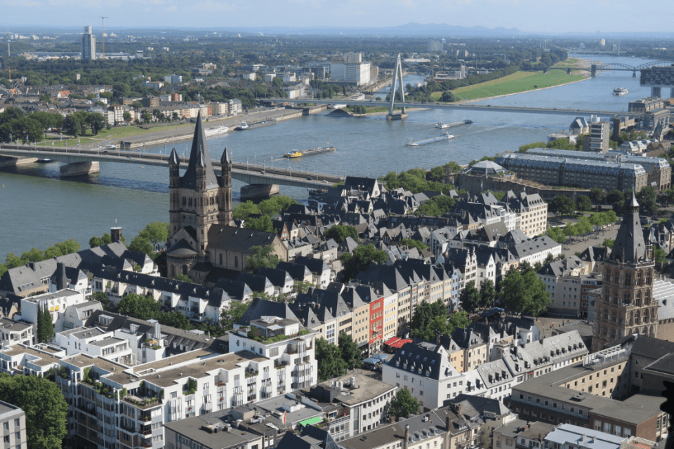 Cologne in a day: Altstadt from above