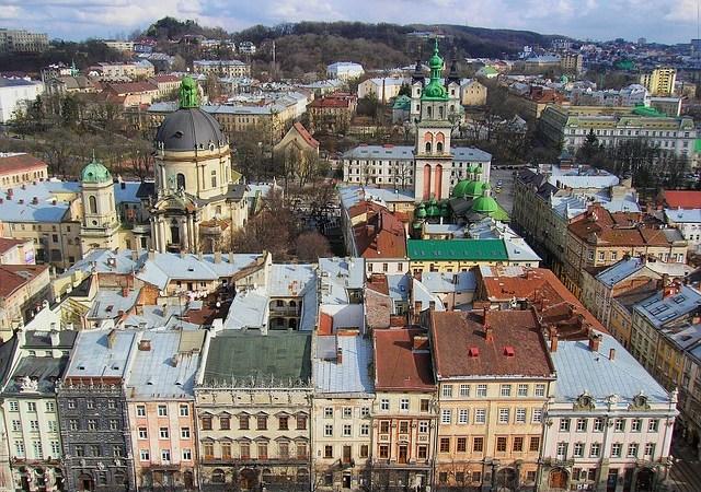 Werden im geplanten ukrainischen Sprachengesetz russisch, ungarisch und andere Sprachen diskriminiert?