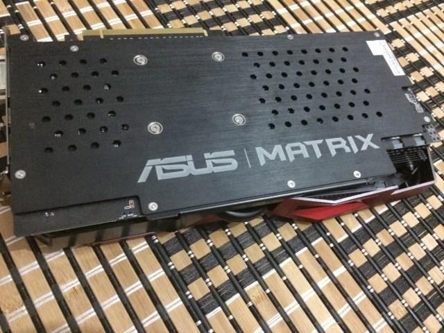 Unboxing & Review: ASUS Radeon R9 290X Matrix Platinum 61