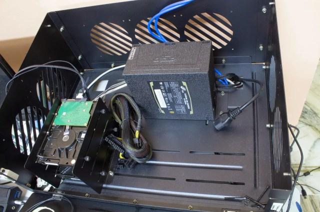 Unboxing & Overview: FSP Aurum 600W and Aurum CM 650W 95