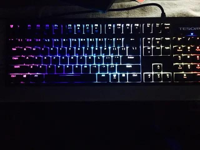 Unboxing & Review: Tesoro Excalibur Spectrum Mechanical Gaming Keyboard 31