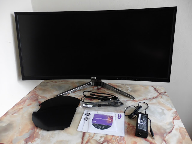 BenQ XR3501 UltraWide Curved Gaming Monitor Review 45
