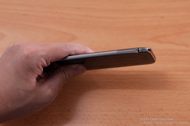 Unboxing & Review: HTC One M8 Eye 9