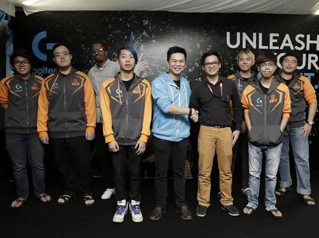 Logitech G Sponsors Pro-Gaming team KL Hunters 11