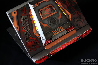 ASUS Republic of Gamers G752 Gaming Notebook Gears of War 4 Mod By Suchao Modding & Design 38