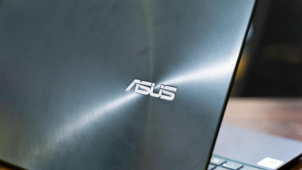 ASUS ZenBook UX425 3