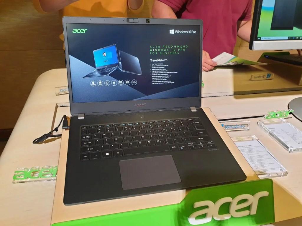 Acer TravelMate P614