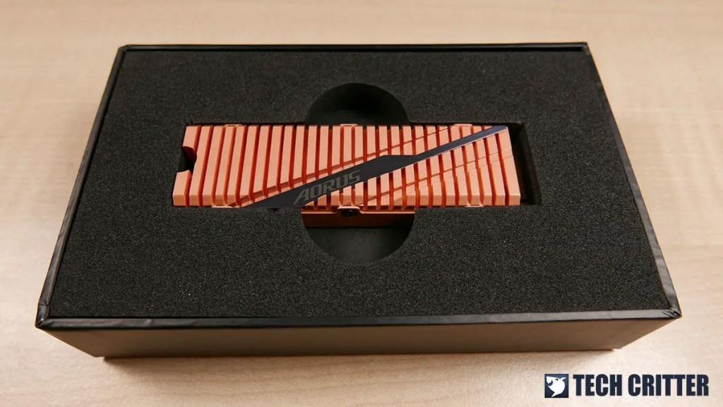 AORUS NVMe Gen4 SSD 2TB (3)