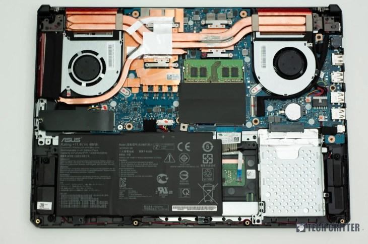 ASUS TUF Gaming FX505D - 12