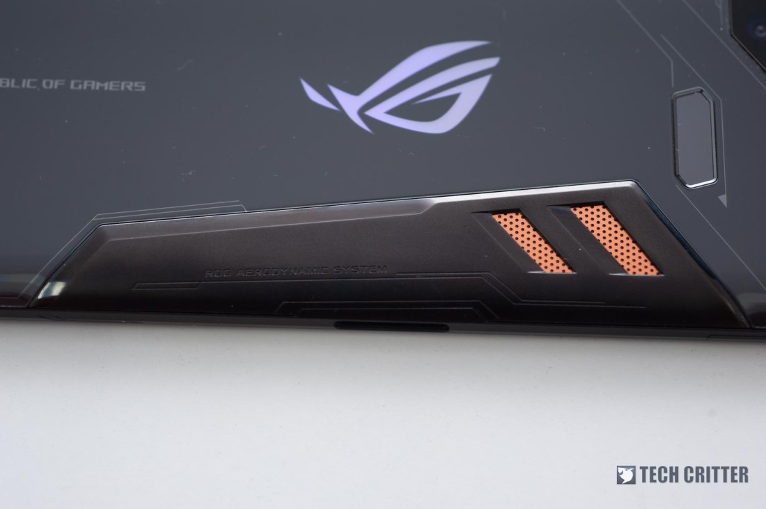 Review - ROG Phone: Gaming Phone Done Right 4