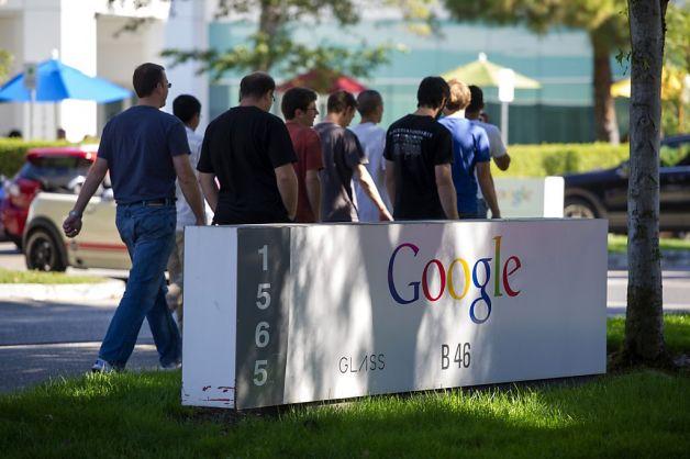 google logo القضاء يرفض مبلغ تسوية فضيحة التآمر ضد موظفي الشركات التقنية الأمريكية
