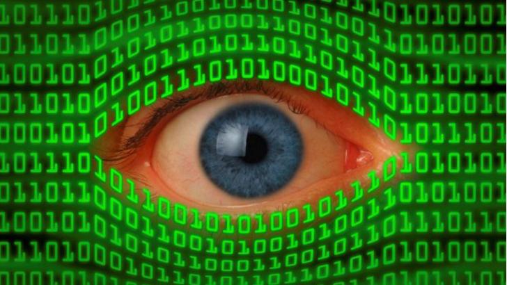 هل تتجسس الحكومة عليك؟