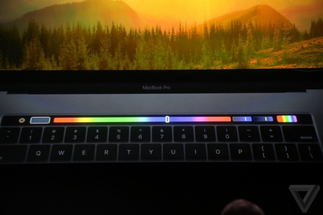 apple-macbook-event-20161027-8692