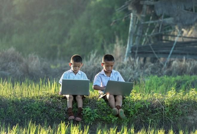 8 طرق فعالة لمعرفة ماذا يتصفح أو يشاهد ابنك على الانترنت