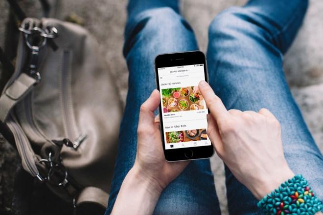 تطبيق Uber Eats يتوفر قريبًا في الرياض والقاهرة