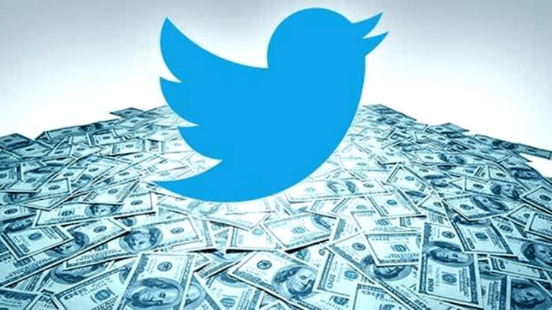 إيرادات تويتر تنمو 24% في الربع الأخير وعداد المستخدمين الشهري يتراجع