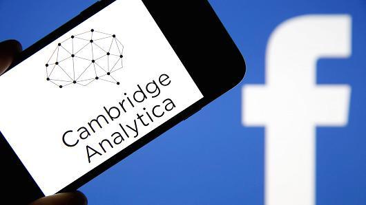 فضيحة Cambridge Analytica قد تحوي رسائل مسنجر الخاصة