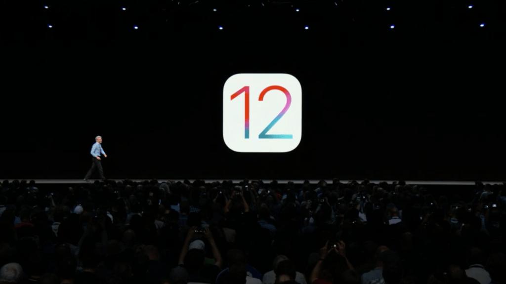 آبل ترسل iOS 12.0.1 لحل مشاكل الشحن في هواتف Xs و XS Max