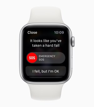 Apple-Watch-Series4_SOS-emergency-services_09122018