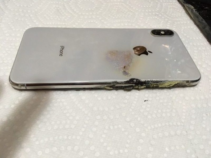 انفجار آيفون XS Max في جيب مواطن أمريكي بعد ثلاث أسابيع من شراءه