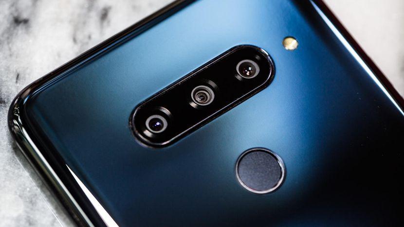إشاعات حول إطلاق إل جي هاتف من الجيل الخامس بجوار LG G8 في كونغرس الهواتف العالمي