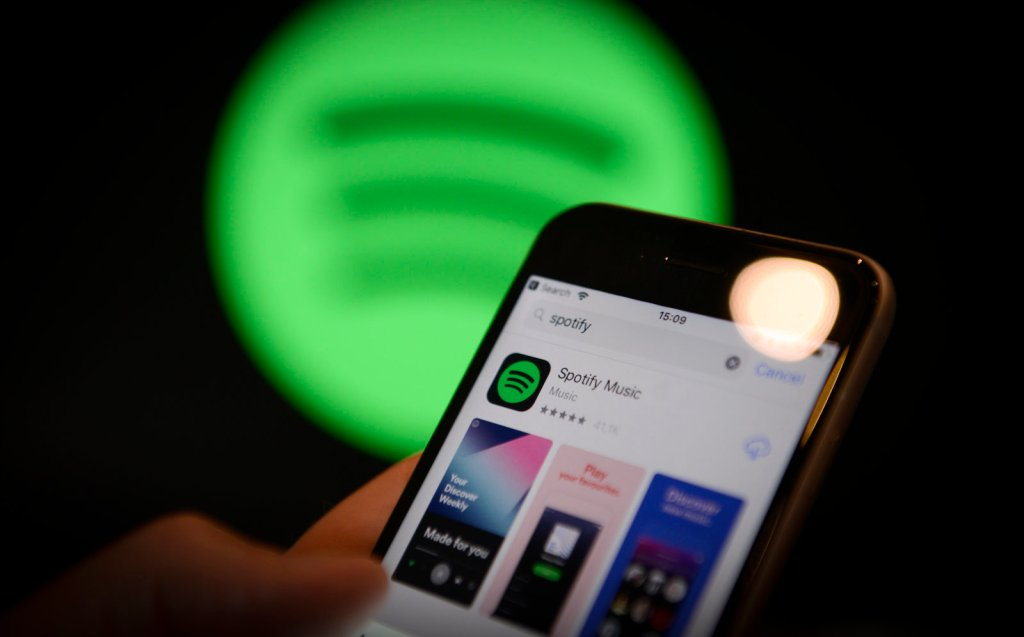 Spotify to deal directly with artists instead of record labels