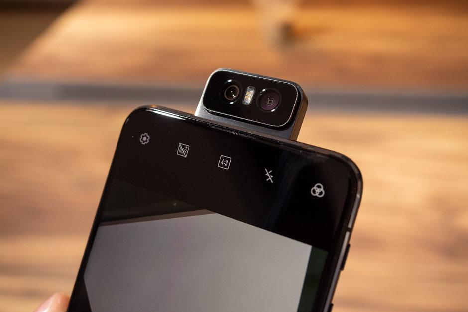 Asus-ZenFone-6-Preview-design-photos-15